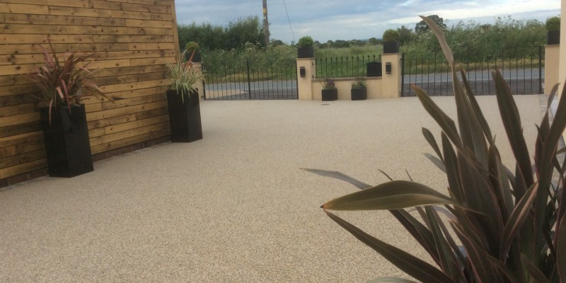 Resin Driveway in Pearl Quartz with Tegula Edgings