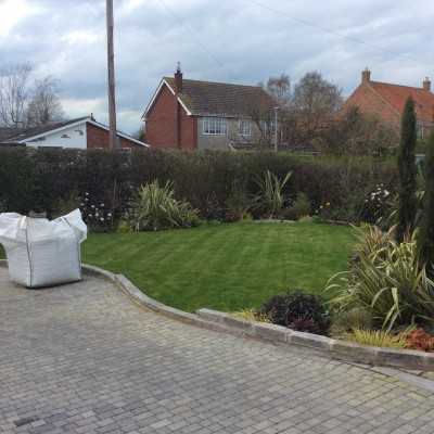 Planting, Turf and Driveway Design