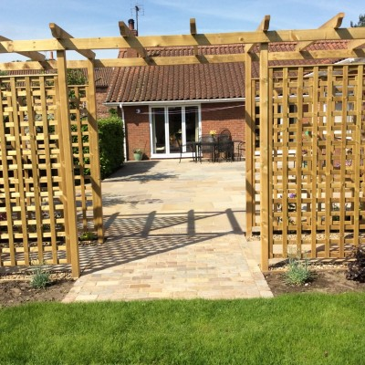 Trellis, Indian Stone Patio, Cobble Sett Walkway